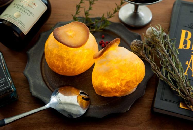 maison-objets-yukiko-morita-pamshade-bread-lamp-designboom-11