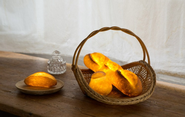 maison-objets-yukiko-morita-pamshade-bread-lamp-designboom-9